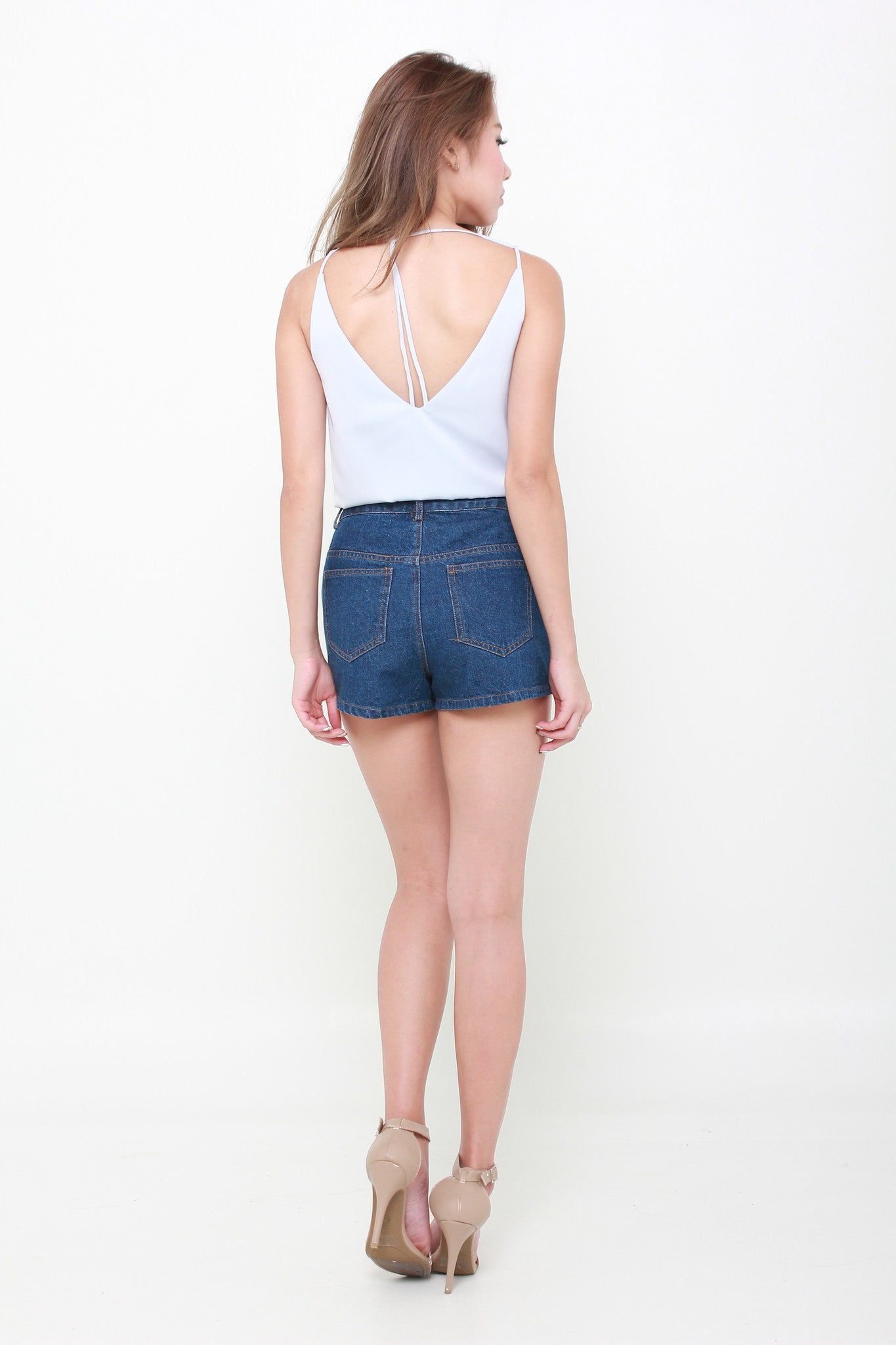 Tae Embroidery Shorts in Dark Denim Blue
