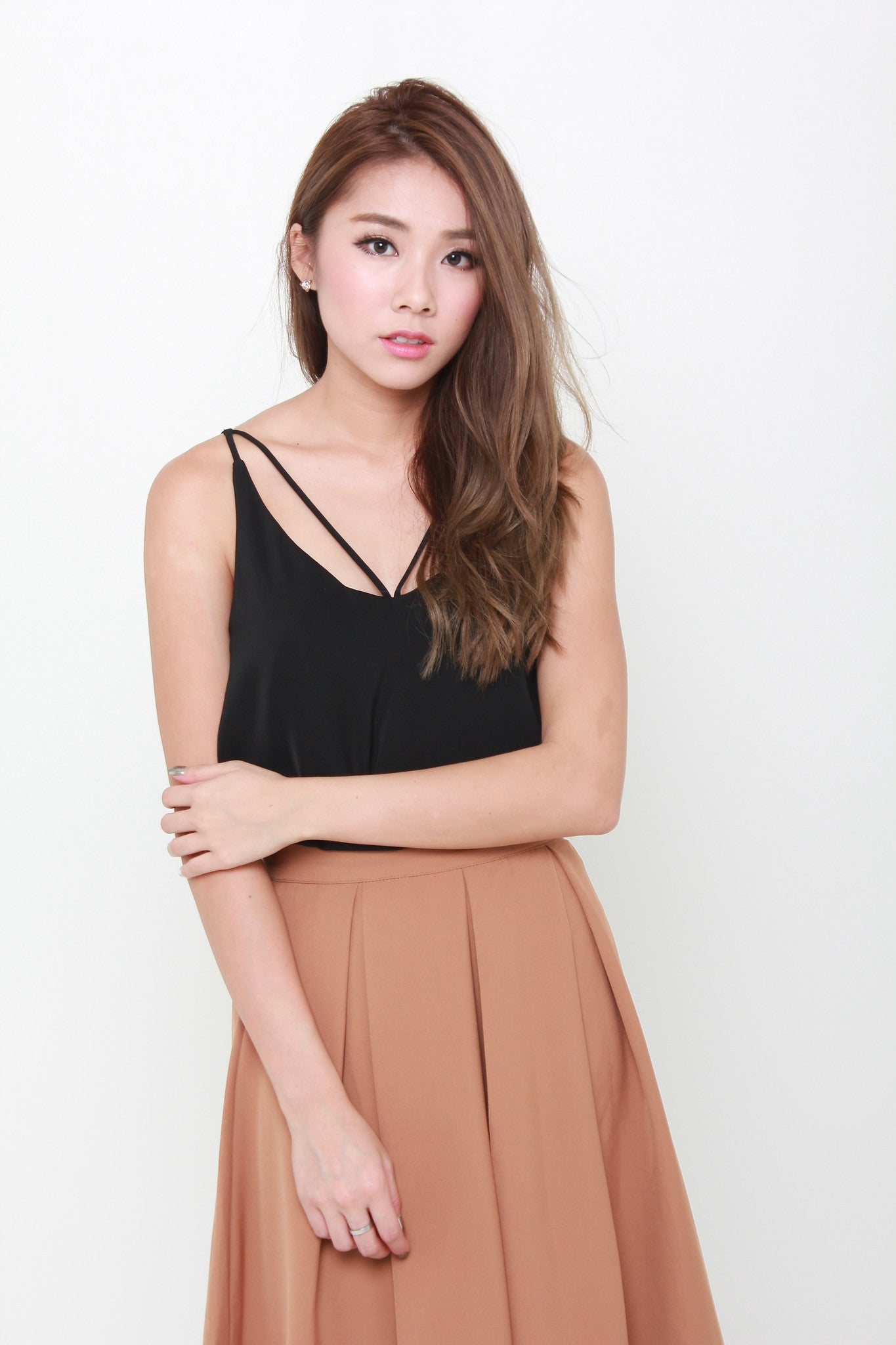 Carin T-Back Top in Black
