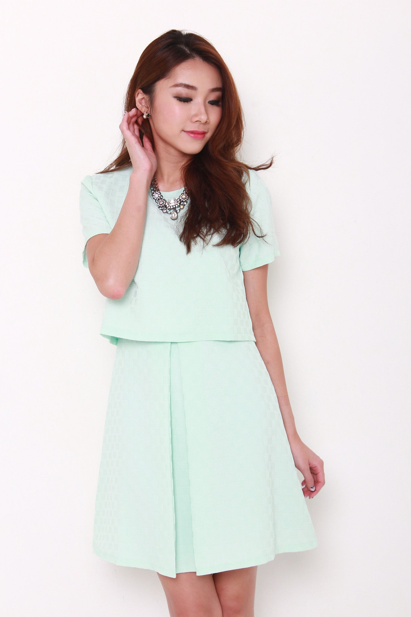 Fran Emboss Pleat Crop Dress in Mint