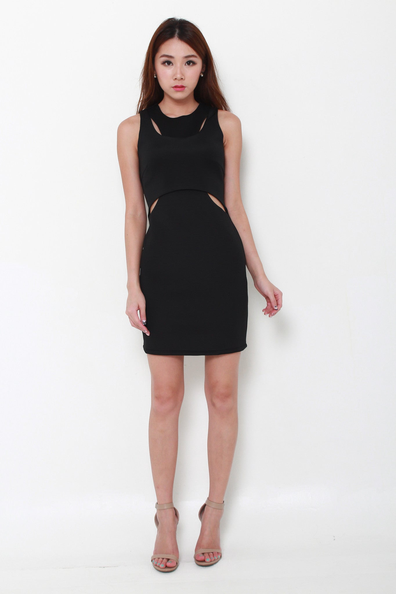 Arwen Cut Out Layer Dress in Black