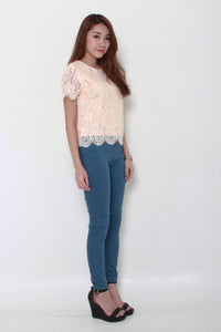 Angelia Scallop Lace Top in Pink