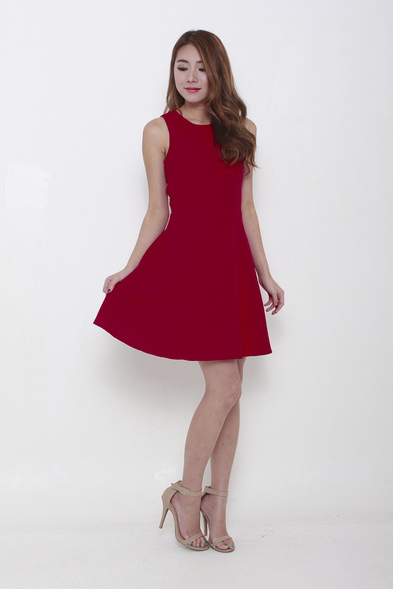 Valentina Emboss Back Cut Out Dress in Red