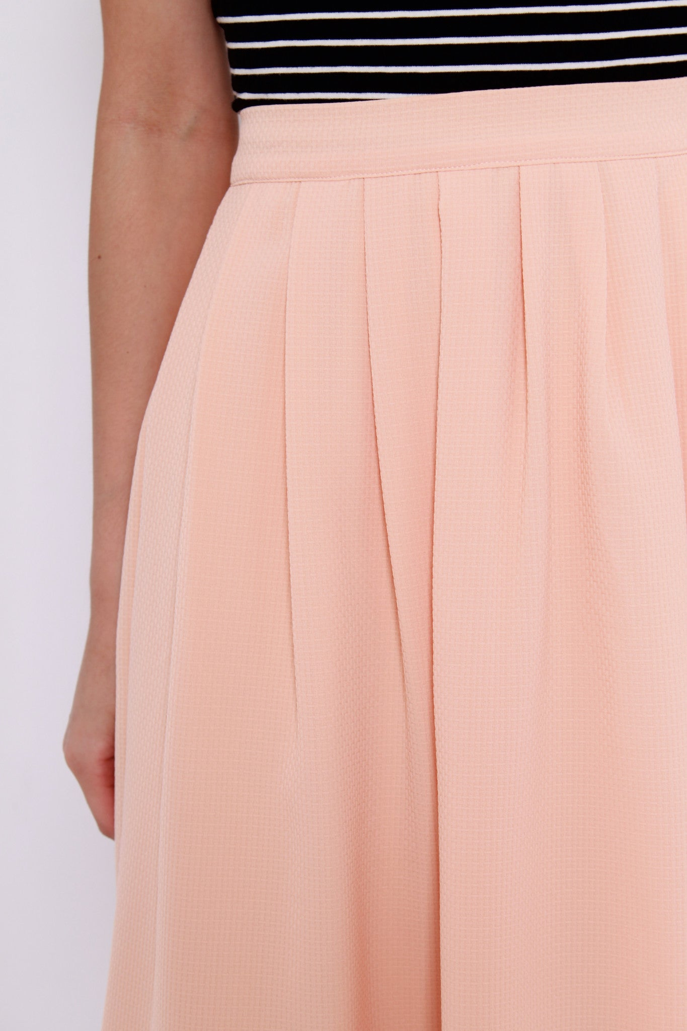 Ivy Texture Midi Skirt in Nude