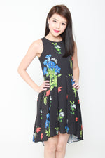 Load image into Gallery viewer, Andrea Floral Dip Hem Dress in Black