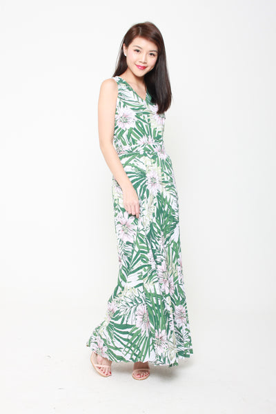 Lila Tropical Floral Pleat Maxi Dress in Green