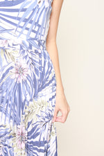 Load image into Gallery viewer, Lila Tropical Floral Pleat Maxi Dress in Blue