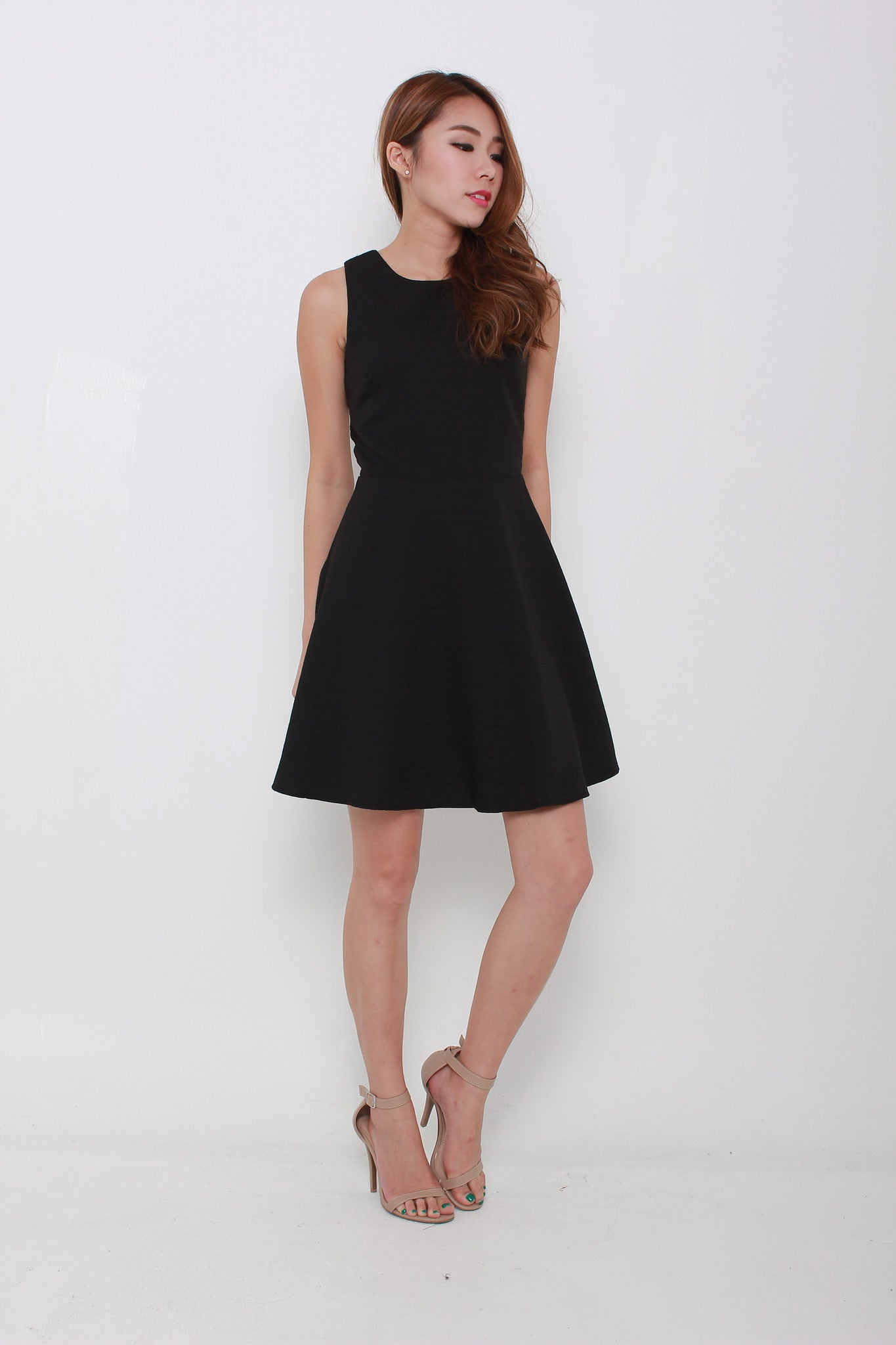 Valentina Emboss Back Cut Out Dress in Black
