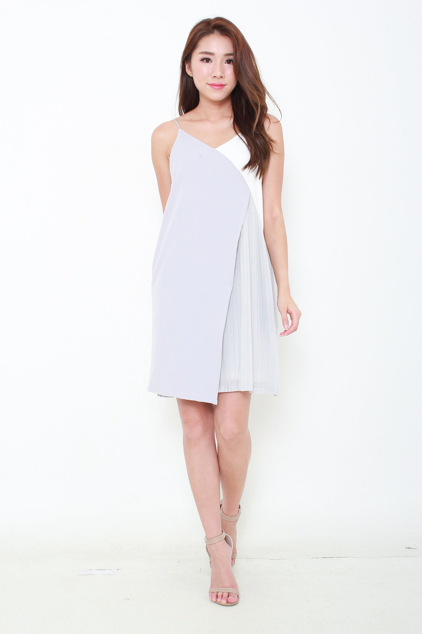 Alice Colour Block Pleat Layer Slip Dress in Grey