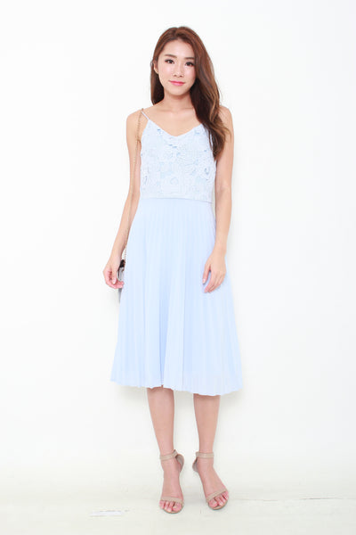 Claire Crochet Pleat Dress in Blue