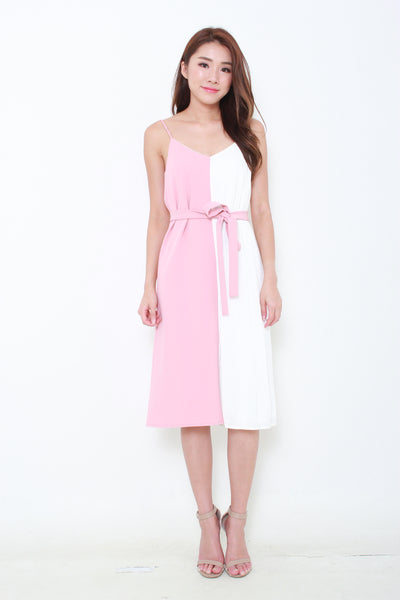 Olivia Colour Block Pleat Slip Dress in Pink