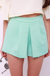 *RESTOCKS* Zebina Pleat Skorts in Mint