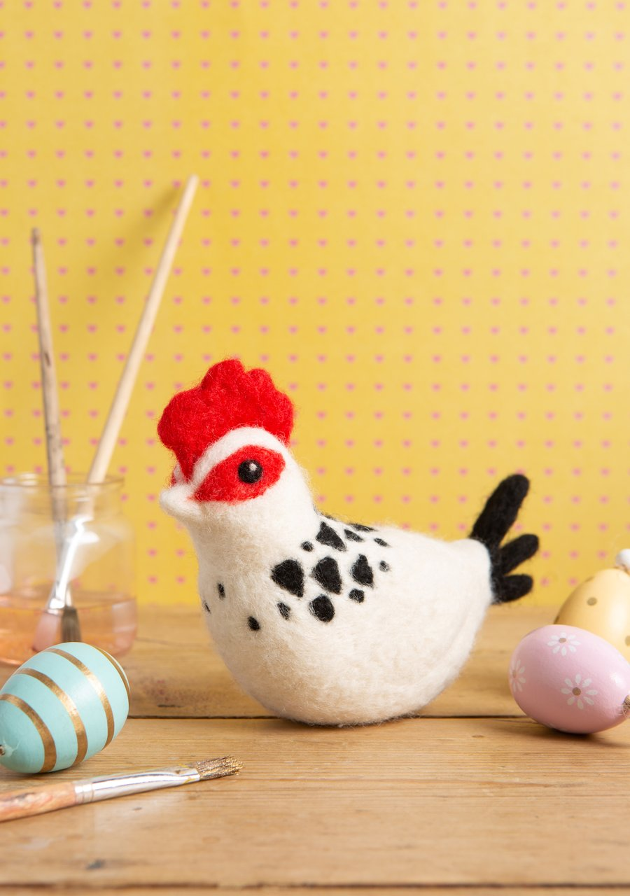 Hawthorn Handmade Needle Felting Kit - Sussex Chicken