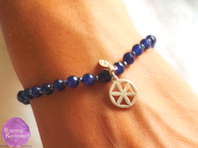 Load image into Gallery viewer, Cycles Little flower of life indigo chalcedony/grey pyrite bracelet