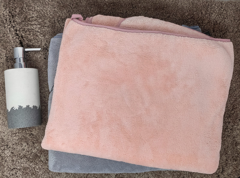 Pink and Grey, 3x Soft and Highly Absorbent Bath Towel (70x140) - Pack of 2