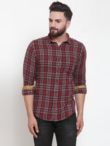 Men Burgundy & White Regular Fit Checked Casual Shirt
