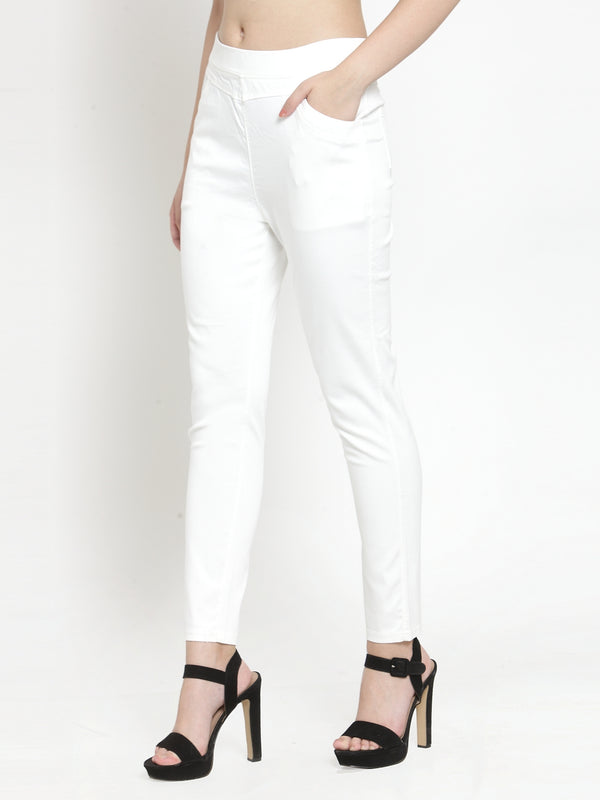 Women Plain White Mid-Rise Jegging