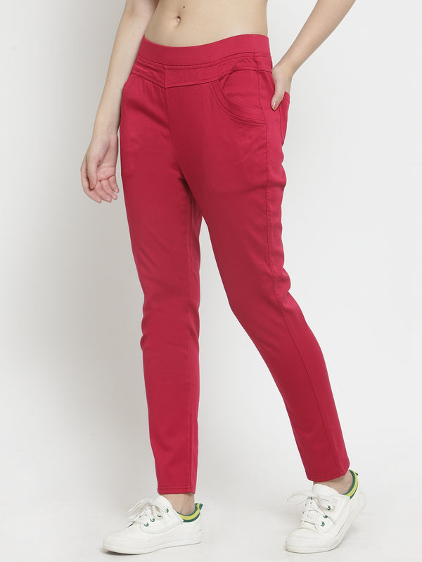 Women Plain Maroon Stretchable Jegging