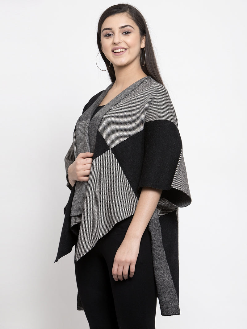 Women Charcoal Grey & Black Checked Open Front Shrug