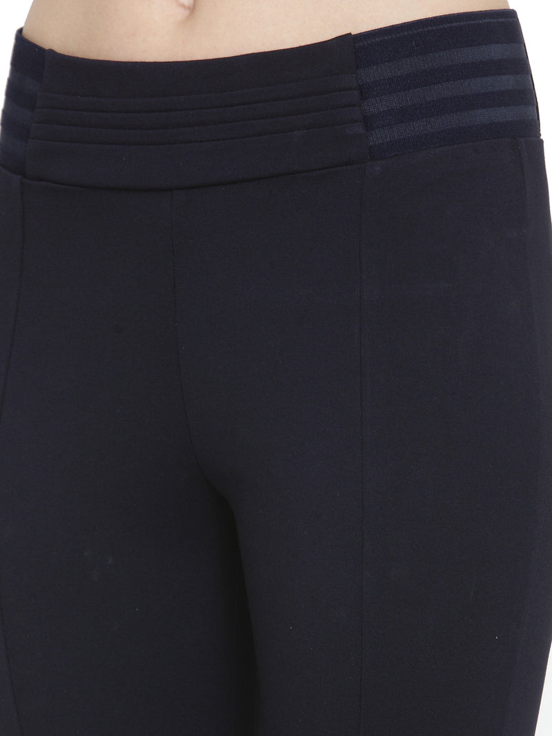 Women Navy Blue Solid Skinny Fit Jegging