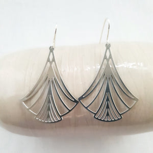 art deco | simple silver