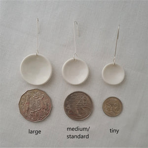 speckled clay | salt white | concave circle | earrings