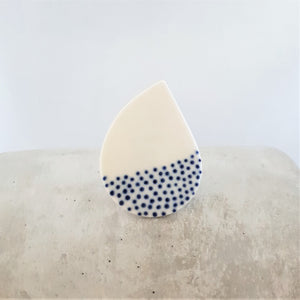 electric blue dots | curved raindrop | brooch