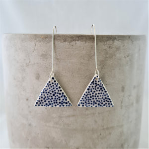 electric blue dots | triangle | long drops