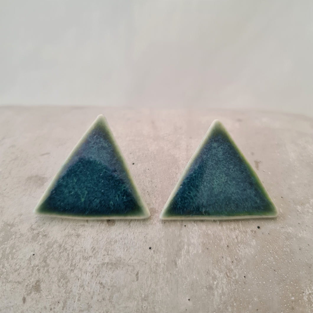 emerald sea | triangles | studs