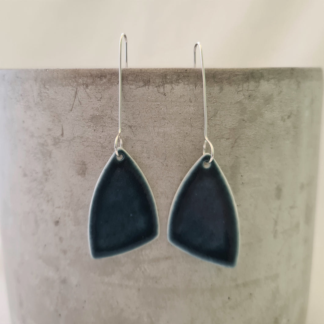 ink blue | asymmetrical triangle