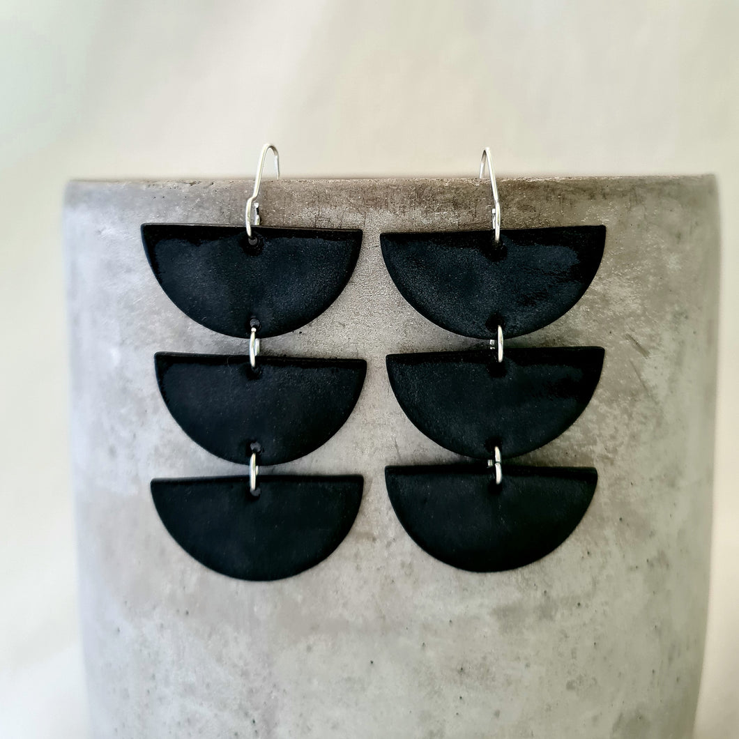jet black porcelain | chandelier drops