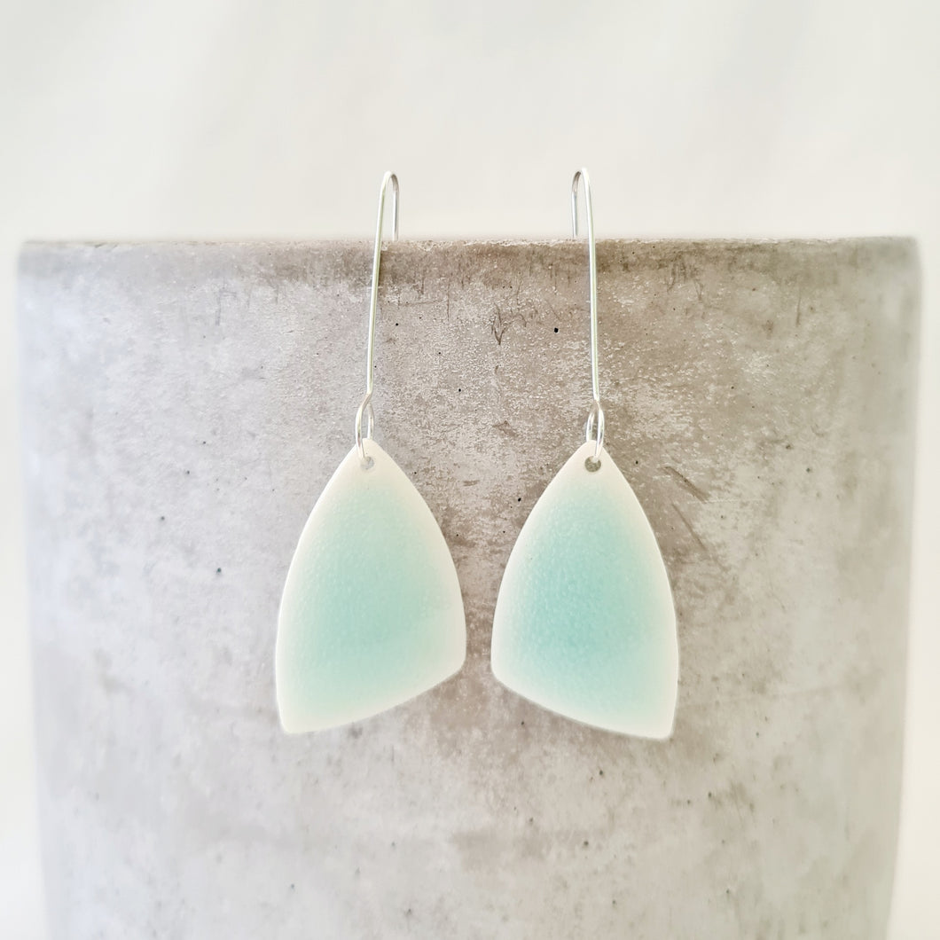 minty green | asymmetrical triangle