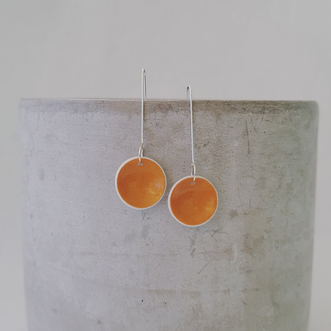 mustard yellow | tiny concave circle | earrings