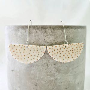 mustard yellow dots | large semi-circle