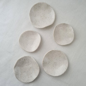speckled clay with salt white glaze | jewellery dish (large)