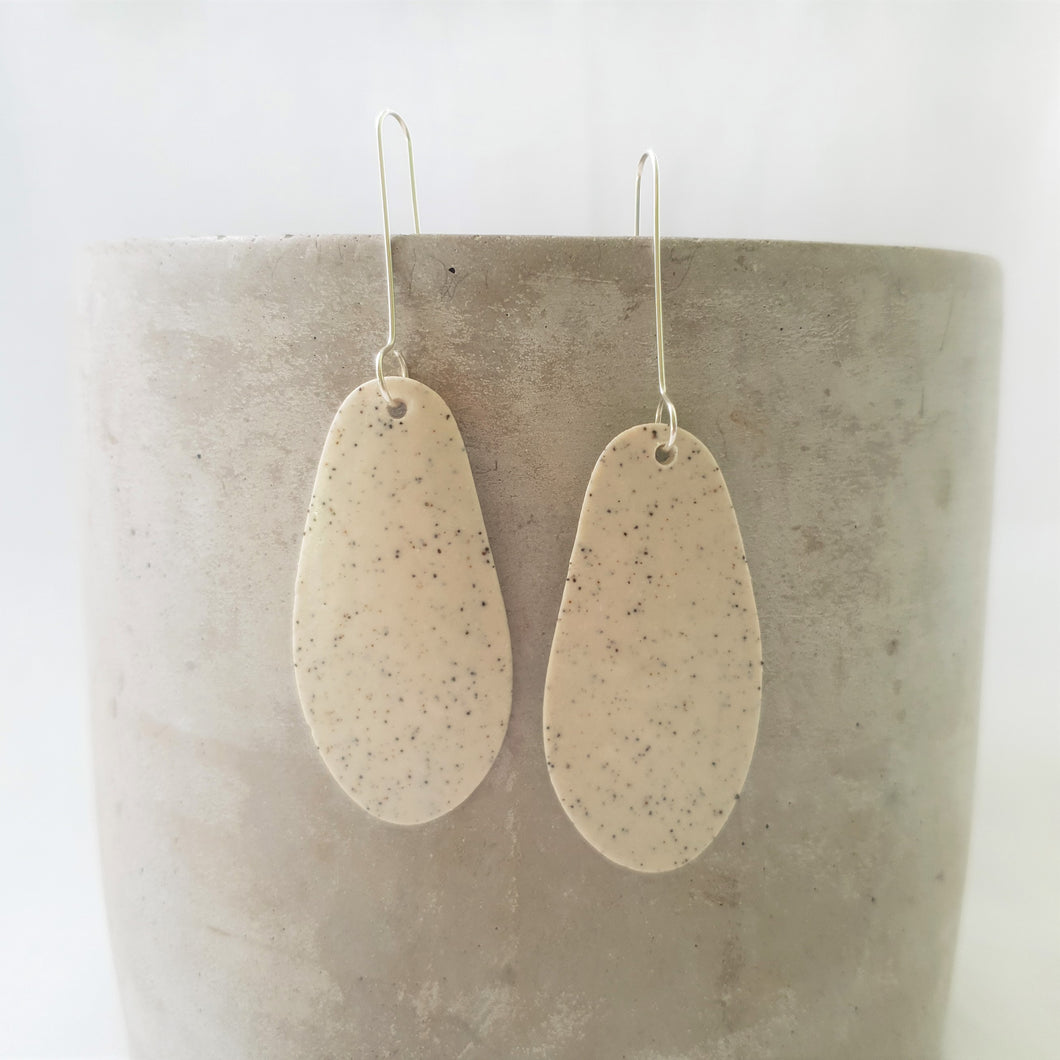 speckled clay | organic drop | matte unglazed