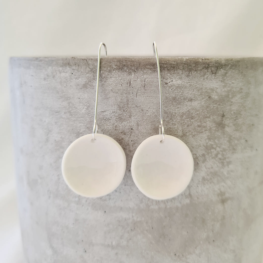 salt white | small concave circle | earrings