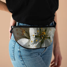 Load image into Gallery viewer, Fanny Pack- WHITE LILY