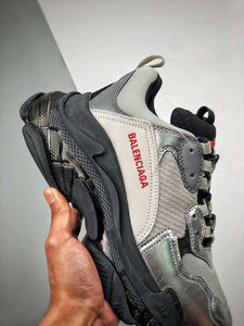Triple S -  Black Silver Clear Sole