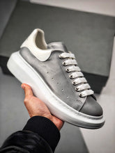 Load image into Gallery viewer, Oversized Sneaker - Silver White