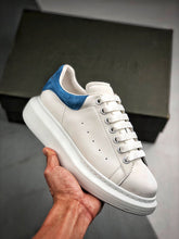Load image into Gallery viewer, Oversized Sneaker - White Blue