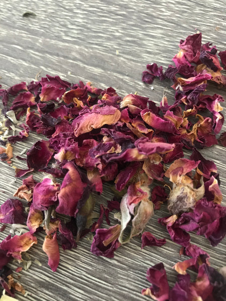 Dried Rose Buds/Petals