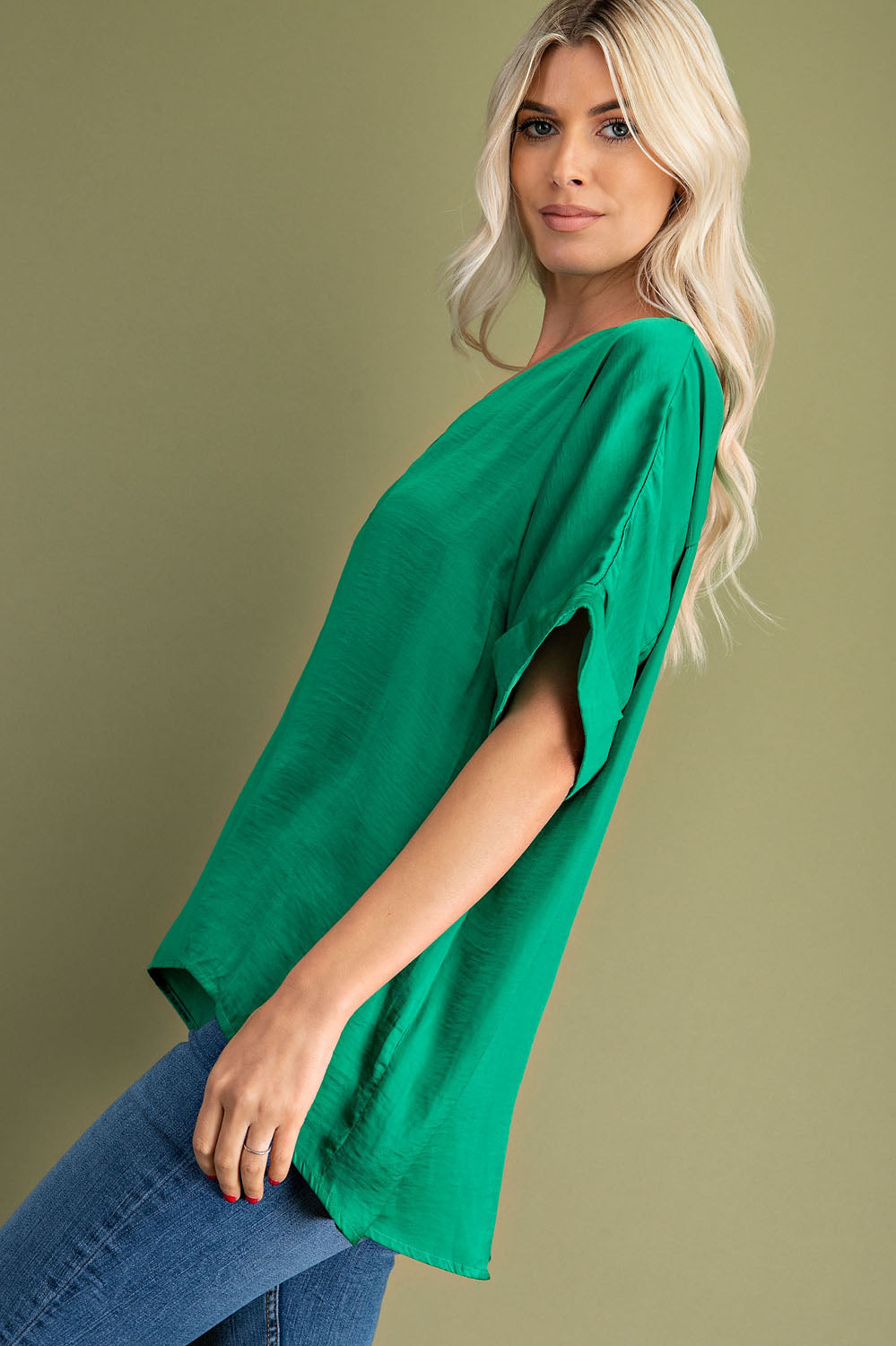 Kelly Green V-Neck High Low Top