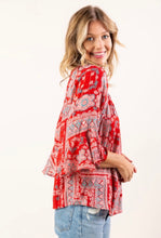 Load image into Gallery viewer, Flutter Sleeve Paisley Top