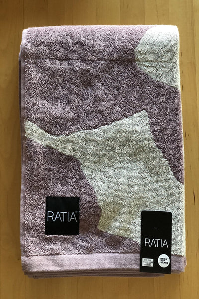 Ratia City Blossom Mauve Bath Towel - Nordic Labels
