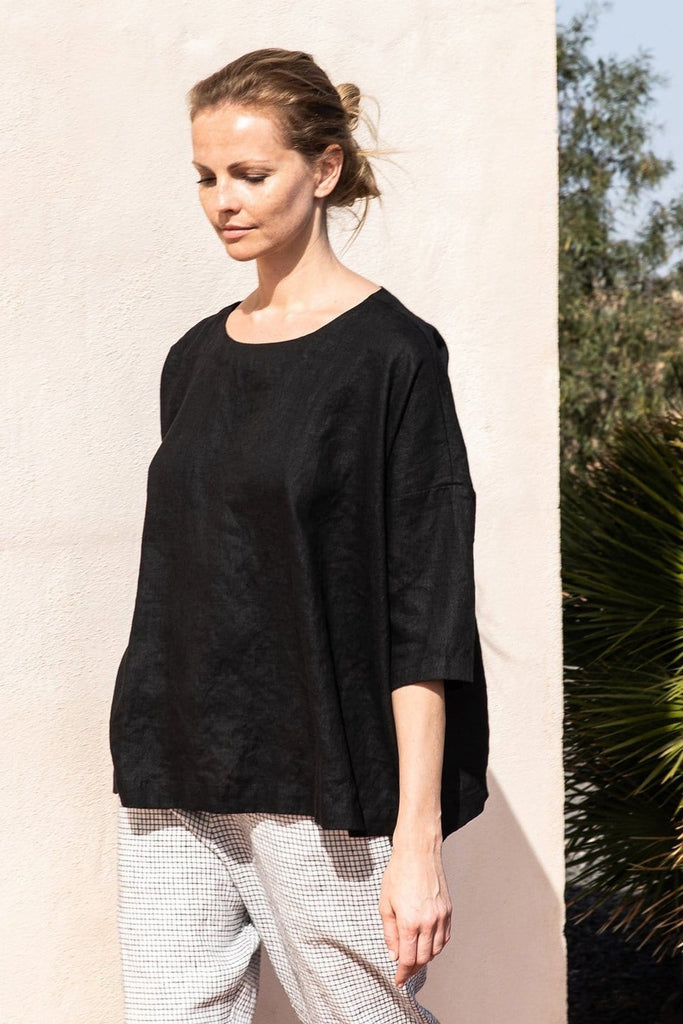 Linen London Oversized Top Black - Nordic Labels