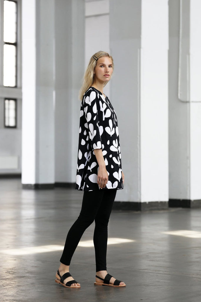 Ratia Pisara Rain Tunic Black - Nordic Labels