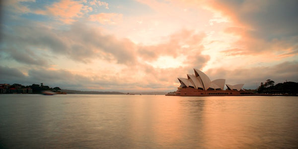6 cheap things to do in Sydney - travel tips opera house