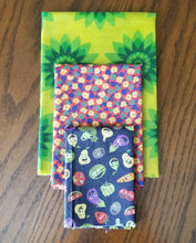 Load image into Gallery viewer, Beeswax Wraps - 3 Piece Set - Nose Deep Package - 1 S, 1 M, 1 L