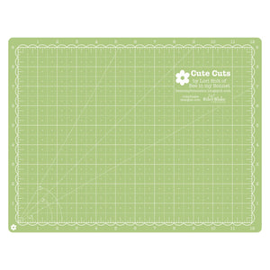 Cute Cuts by Lori Holt 9x12 Rotary Cutting Mat - Riley Green & Lipstick