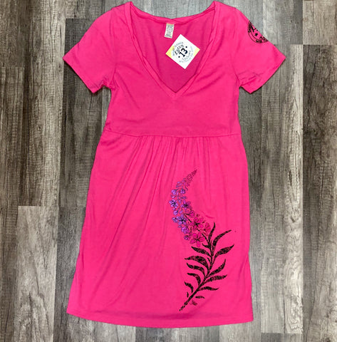 D. Fireweed Dress Ht Pink Tee